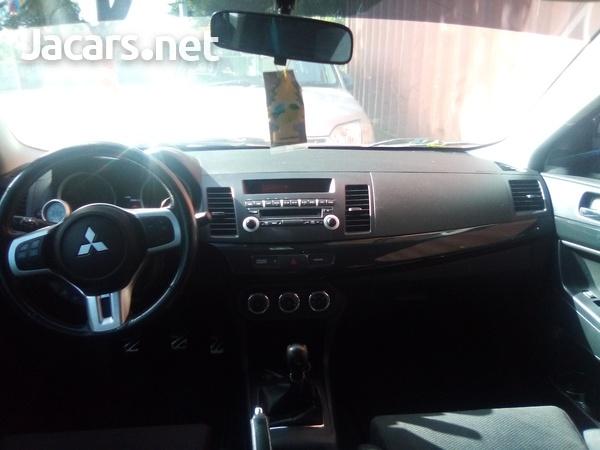 Mitsubishi Evolution 3,0L 2013-8