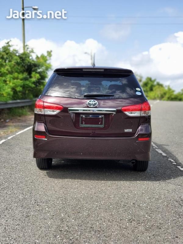 Toyota Wish 1,8L 2012-9