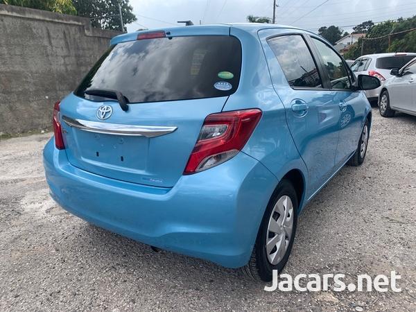Toyota Vitz 1,3L 2014-13