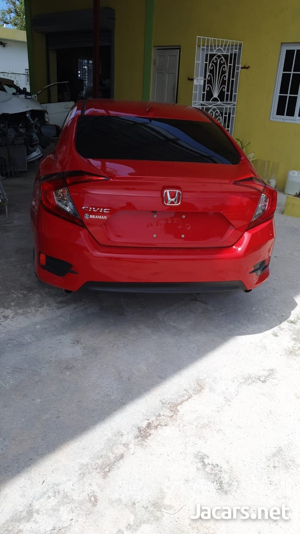 Honda Civic 2,0L 2017-8