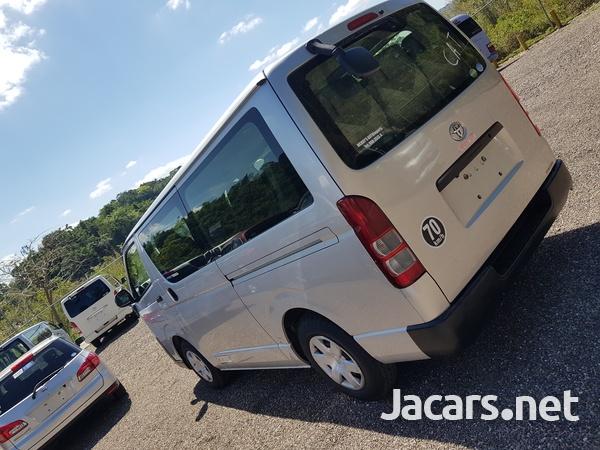 Toyota Hiace 3,0L 2014-10