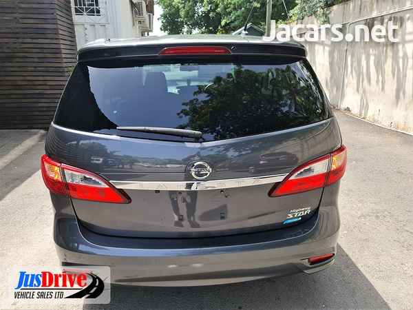 Nissan LaFesta 2,0L 2013-5