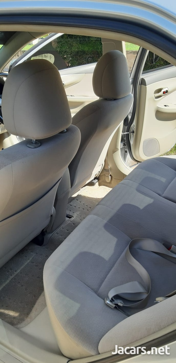 Toyota Axio 1,8L 2011-6