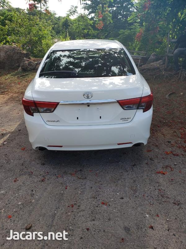 Toyota Mark X 2,5L 2014-5