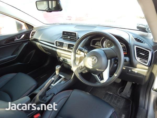 Mazda 3 1,5L 2016-7