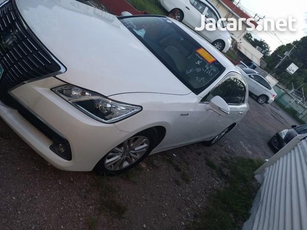 Toyota Crown 2013-7