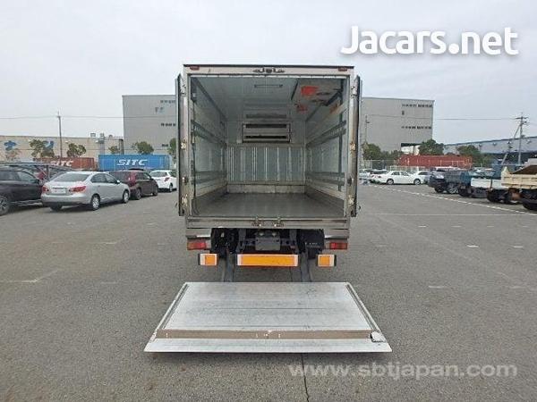 2009 hino Dutro freezer truck-3