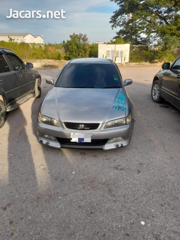 Honda Accord 2,3L 2000-4