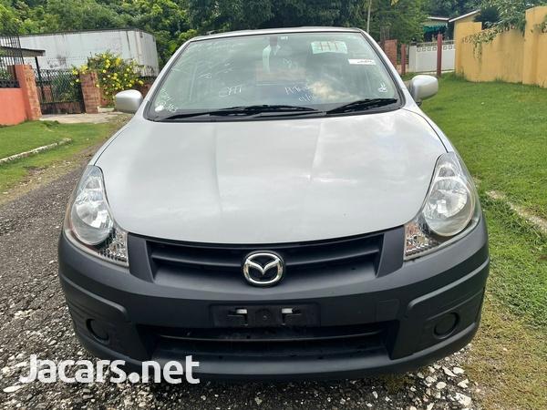 Mazda Familia 1,5L 2016-1