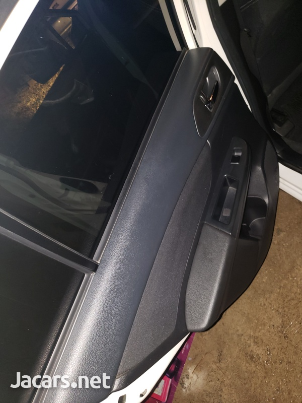 Subaru Impreza 2,0L 2013-7