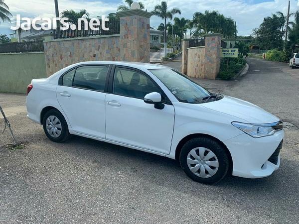 Toyota Axio 2,0L 2015-3