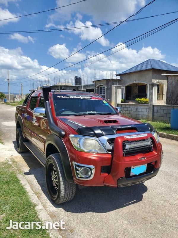 Toyota Hilux 3,5L 2011-1