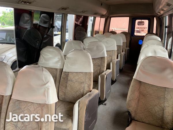 Mitsubishi Rosa Bus 2007-4