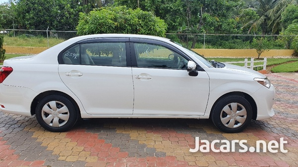 Toyota Axio 1,3L 2016-6