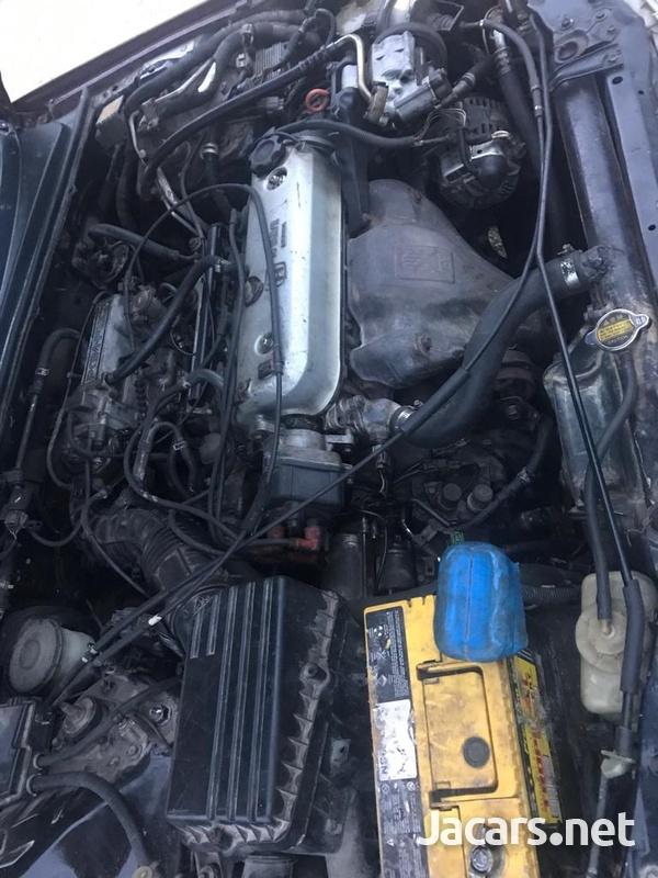 Honda Accord 1,6L 1991-6