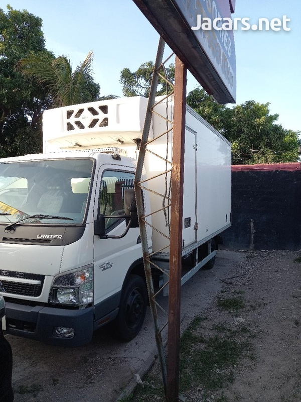 2011 Refrigerator Mitsubishi Canter Box Body Truck-1