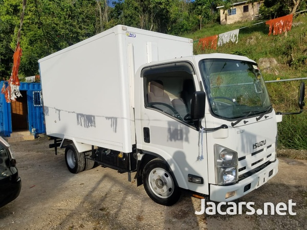 2007 Isuzu Box Body Refrigerated Truck-8