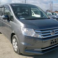 Honda Stepwgn 2,0L 2013