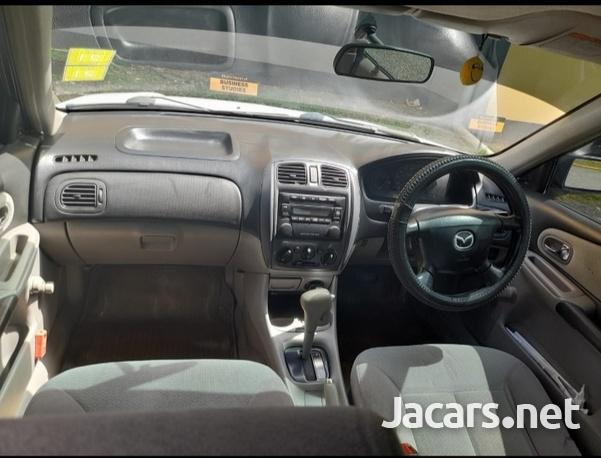 Mazda Familia 1,3L 2001-1