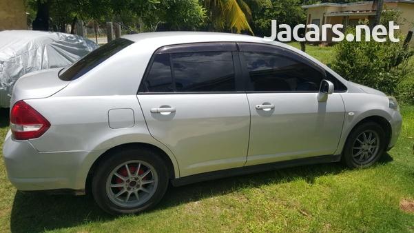 Nissan Tiida 1,8L 2007-9