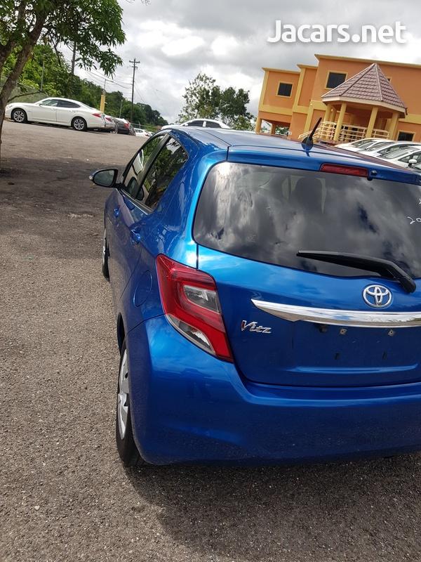 Toyota Vitz 1,3L 2016-12
