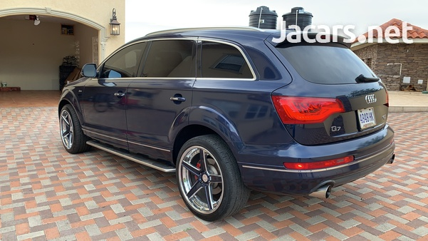 Audi Q7 3,0L 2014-6