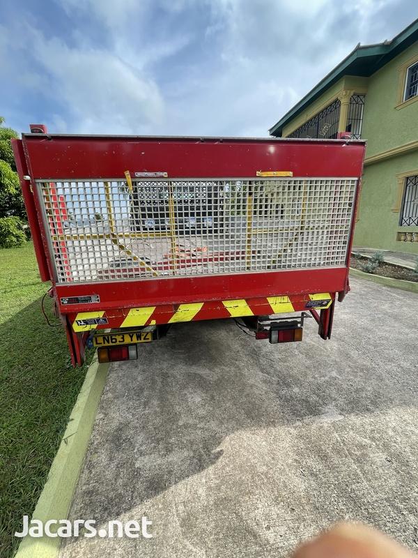 2013 Isuzu forward Truck-9