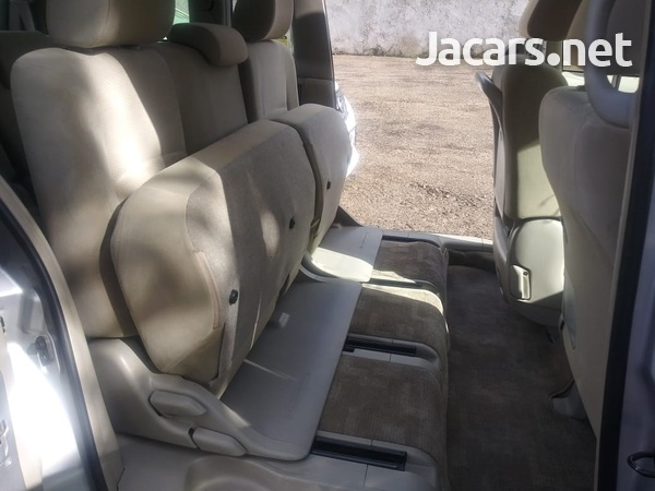 Toyota Isis 2,0L 2015-15
