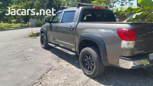 Toyota Tundra 5,7L 2012-7