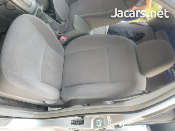 Toyota Axio 1,8L 2012-7