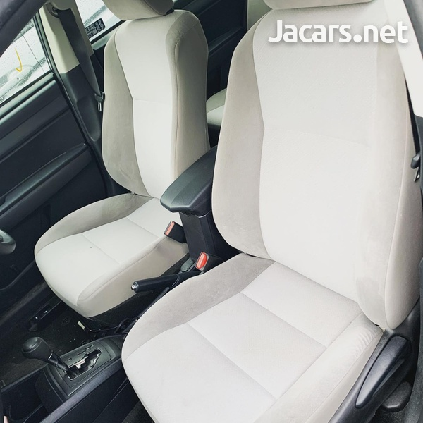 Toyota Corolla 1,8L 2016-6