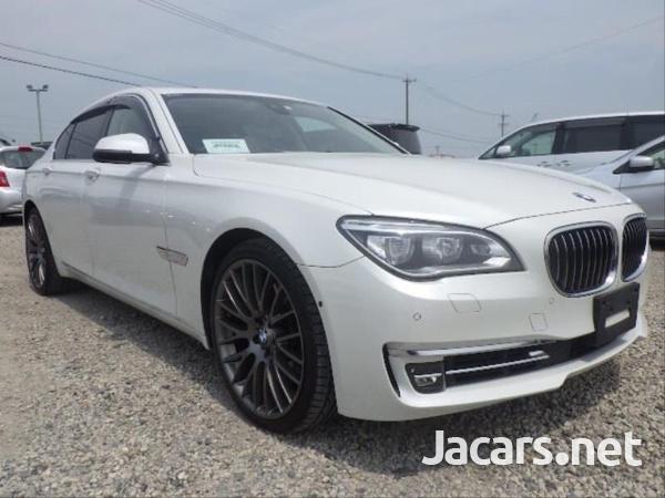 BMW 7-Series 0,4L 2014-1
