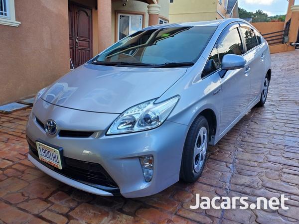 Toyota Prius 1,8L 2013-5