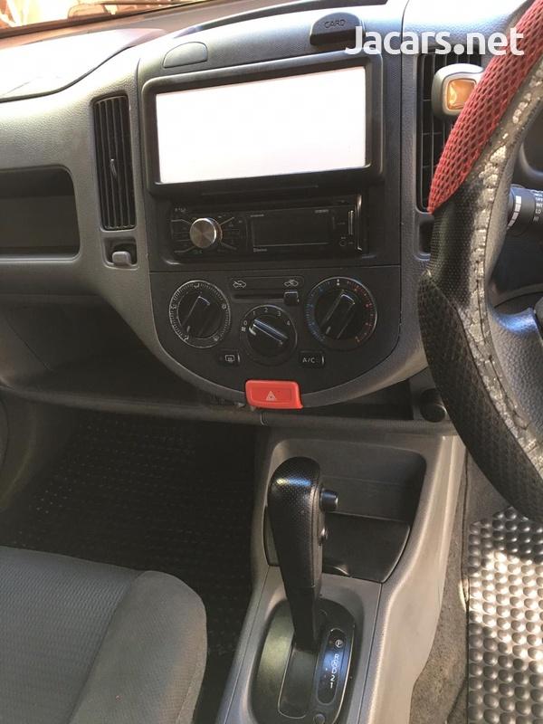 Nissan AD Wagon 2,0L 2012-3