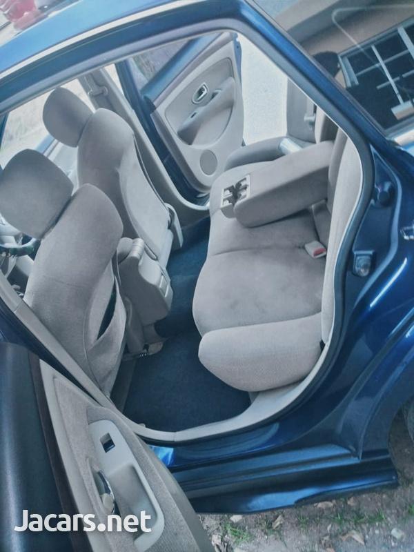 Nissan Sylphy 2,0L 2011-4