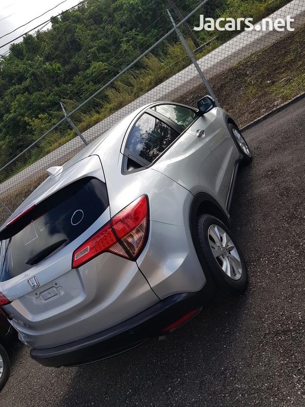 Honda Vezel 1,5L 2016-3
