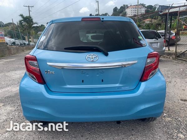 Toyota Vitz 1,3L 2014-12