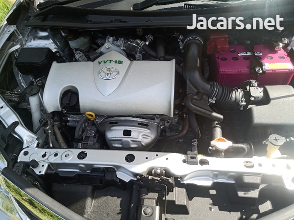 Toyota Axio 1,5L 2015-11