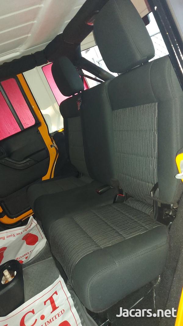 Jeep Wrangler Sport Unlimited 3,6L 2012-9