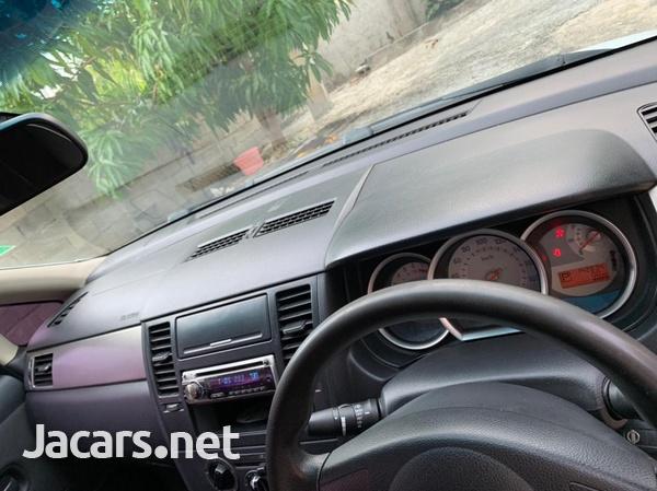 Nissan Tiida 1,9L 2009-1