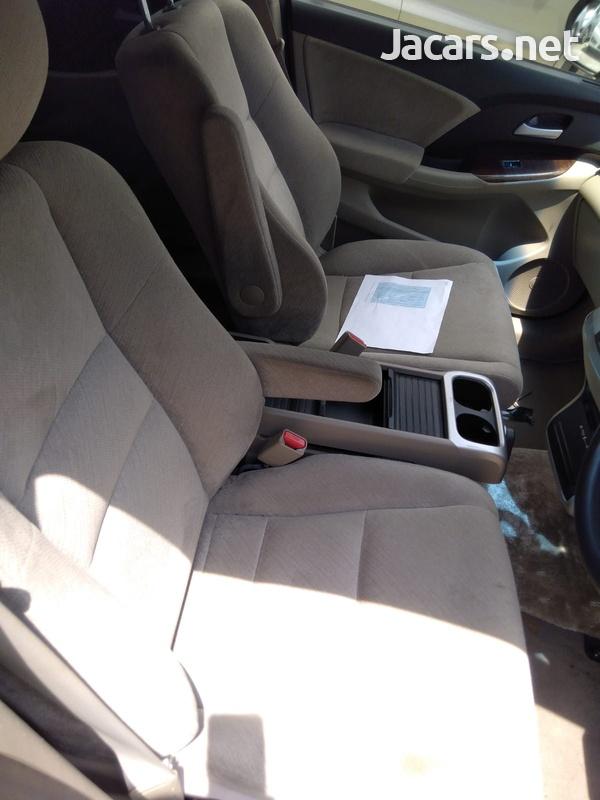 Honda Odyssey 3,5L 2013-6