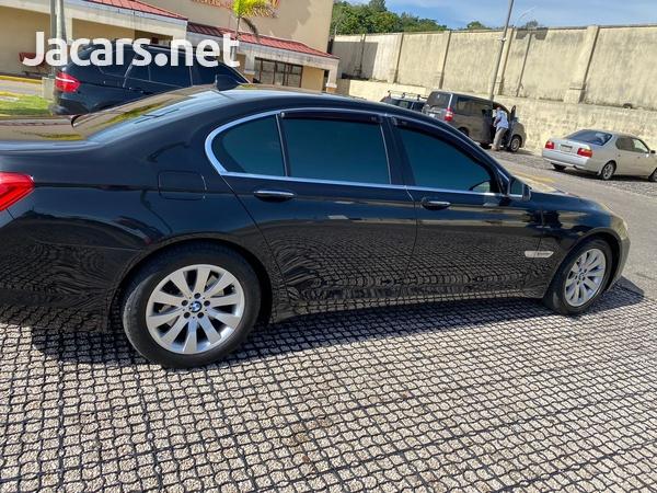 BMW 7-Series 3,0L 2012-5
