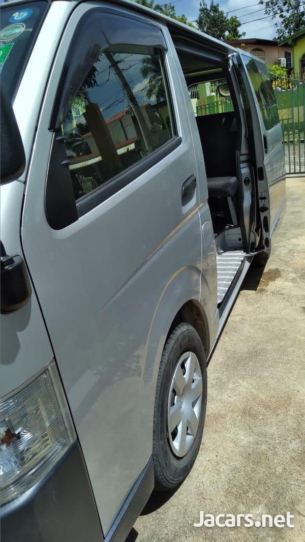 2014 Grey Toyota Hiace Minibus-7