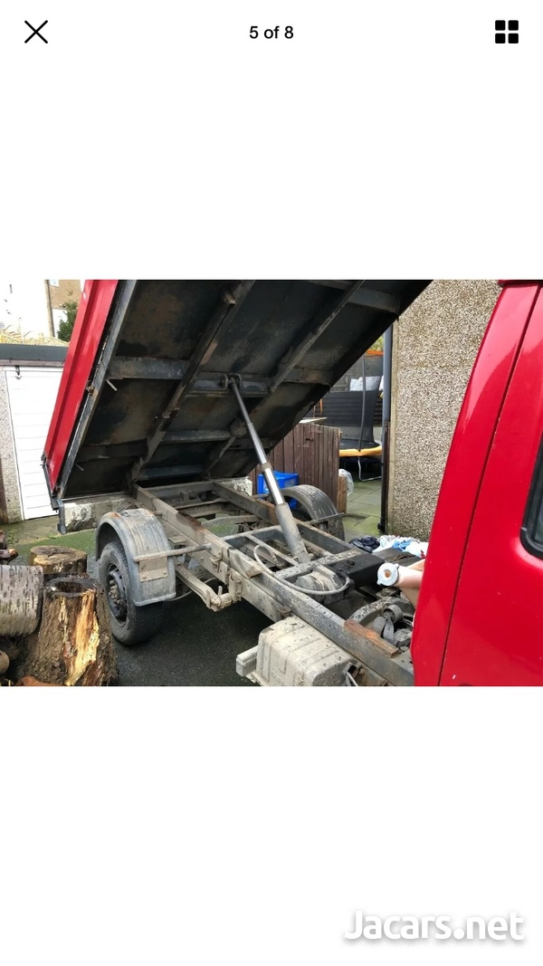 Nissan Cabstar tipper 2004 newly imported-8
