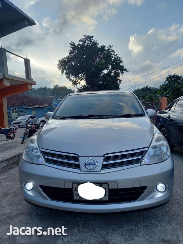 Nissan Tiida 1,8L 2013-5