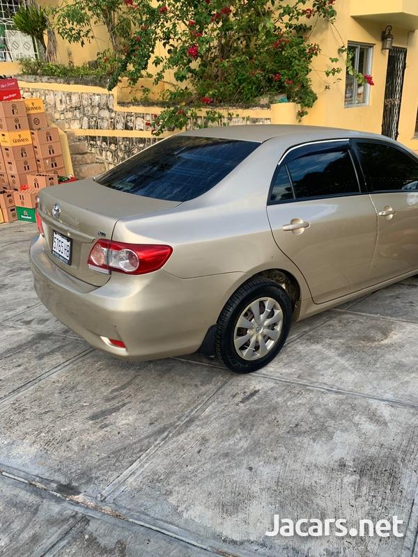 Toyota Corolla XLi 1,6L 2013-1