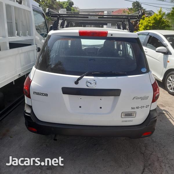 Mazda Familia 1,5L 2015-2