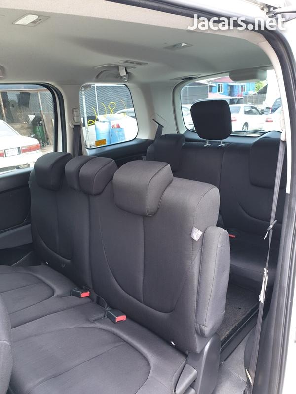 Mazda Biante 2,0L 2014-5