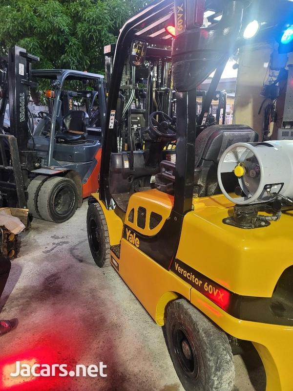 2017 Yake Forklift-1