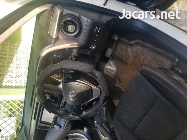 Toyota RAV4 2,5L 2015-12